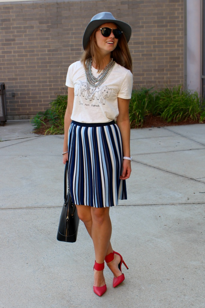 navy stripes pleated skirt