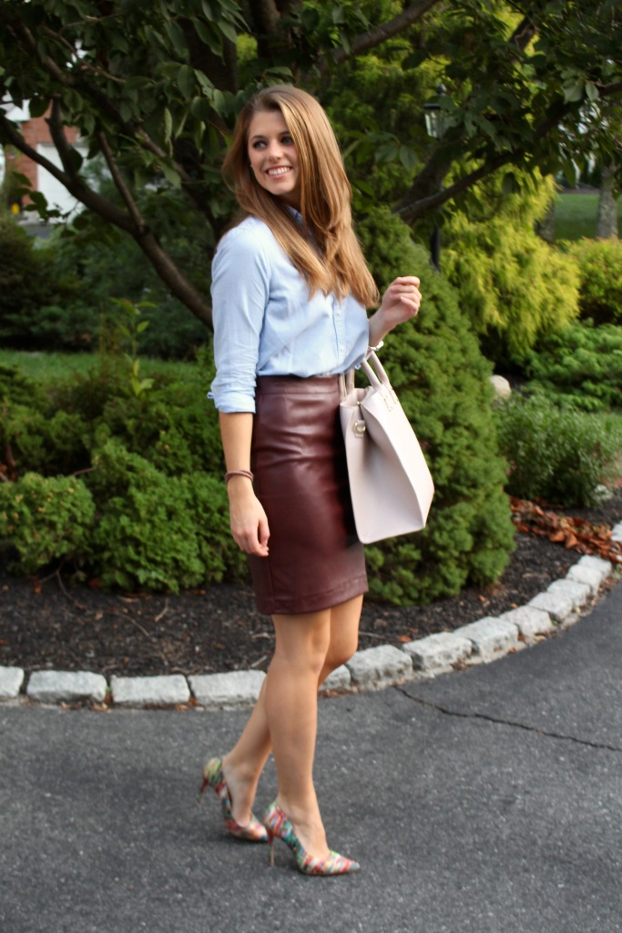 street style | leather skirt