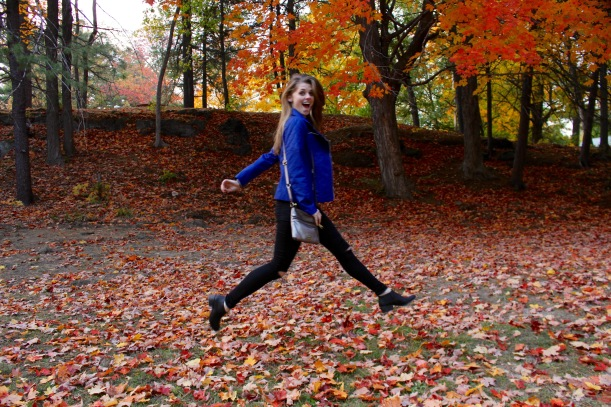 New England Fall Outfit Photography Inspiration