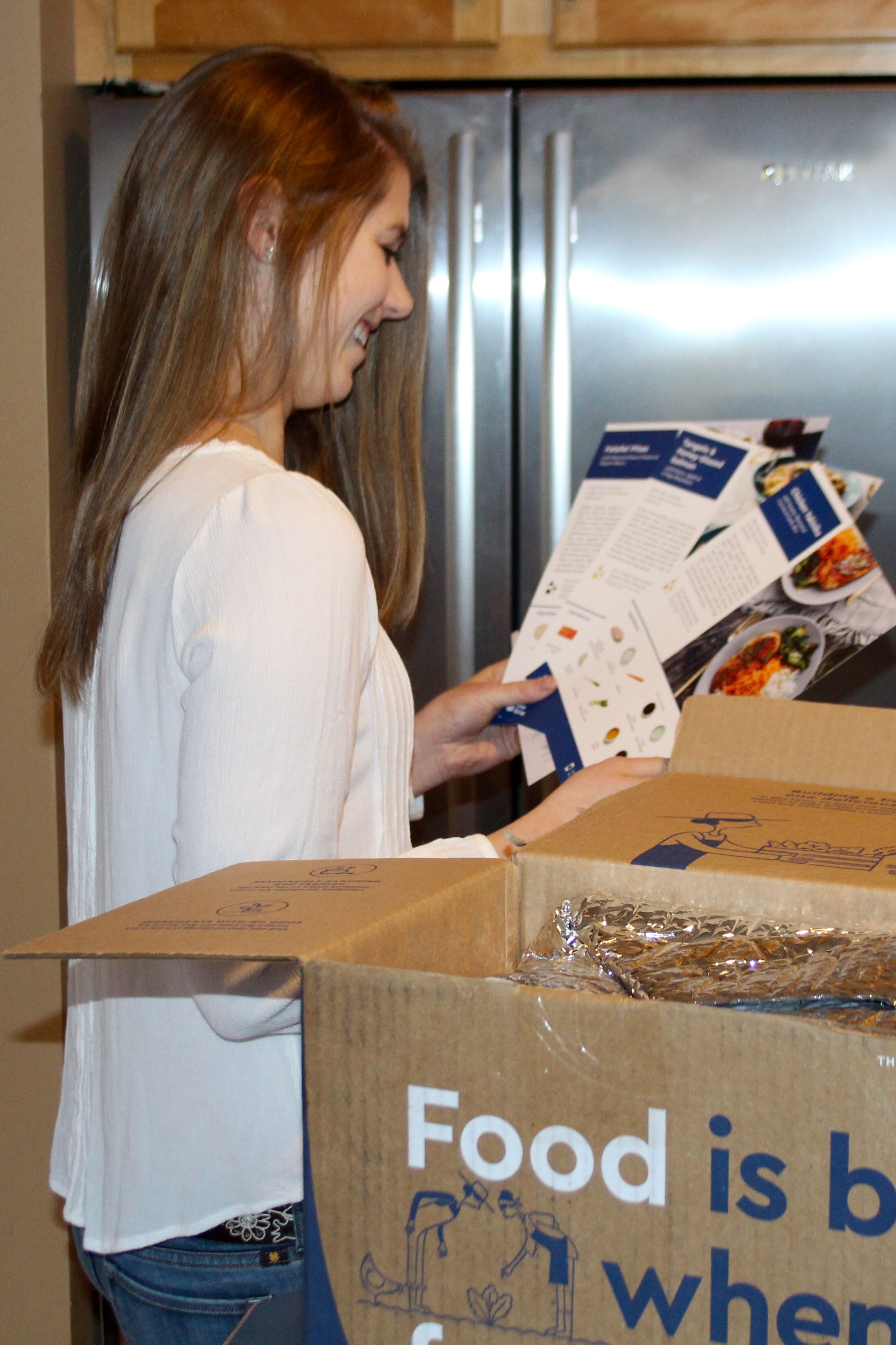 Blue apron questions - When I Got The Notification That My First Blue Apron Box Had Been Delivered Via Slice App I Was A Little Nervous It Was Mid Afternoon And I Wouldn T Be
